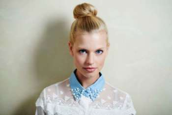 sleek-blonde-bun-1024x683
